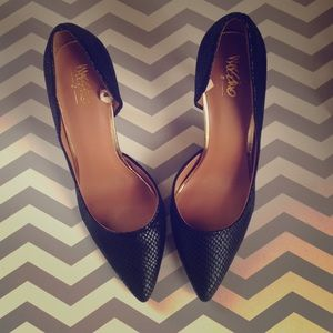 Mossimo blk snake print heels w/ gold accent- 8.5